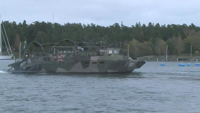 VIDEO: Swedish search for 'foreign sub' in bay...