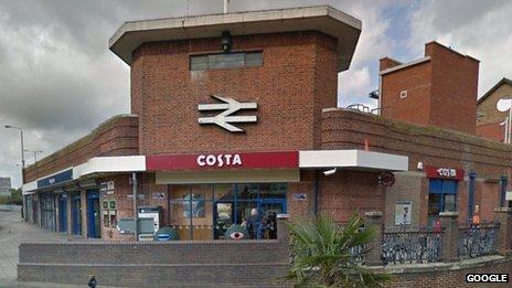 Kingtson upon Thames station
