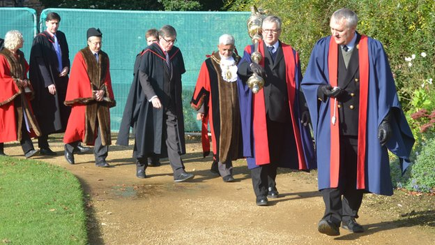 Francois Illas New Tradition: Oxford's Traditions: Merton's Time Ceremony, Beating The