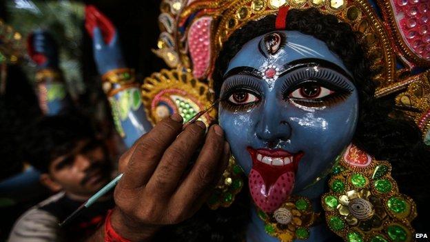 Diwali festival preprations in Mumbai