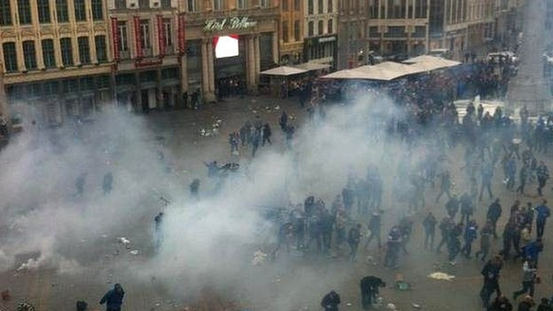Fans tear gas in Lille