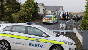 Garda car at scene of Donegal deaths
