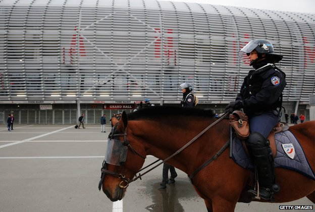 Mounted police look on outside the ground prior to the UEFA Europa League Group H match between LOSC Lille and Everton at Grand Stade Lille Metropole