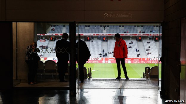 A view inside the ground prior to the UEFA Europa League Group H match between Lille and Everton