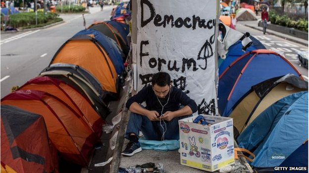 Hong Kong protest: Students to hold vote on government proposals