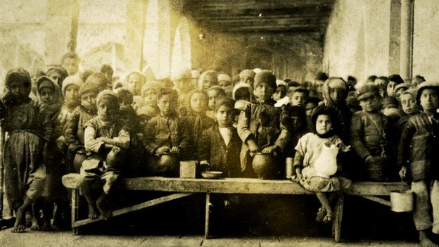 Children in a soup kitchen in Lebanon during WW1