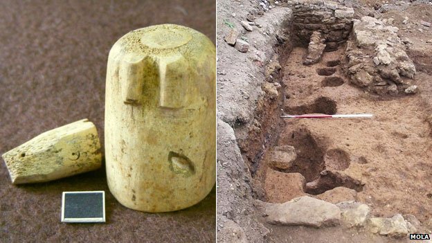 Medieval chess pieces and postholes, Northampton (c) MOLA