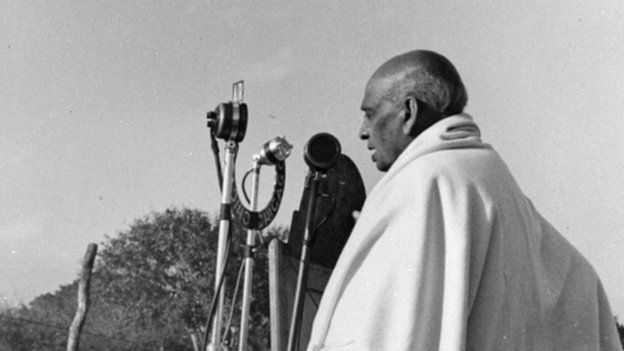 Indian politician Sardar Patel speaks a tribute rally to Mahatma Gandhi in Delhi in 1948.
