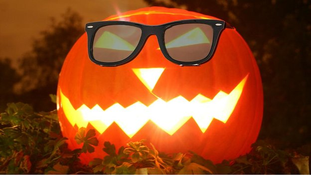 Pumpkin wearing sunglasses
