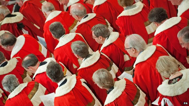 Labour 'to replace Lords with senate'...