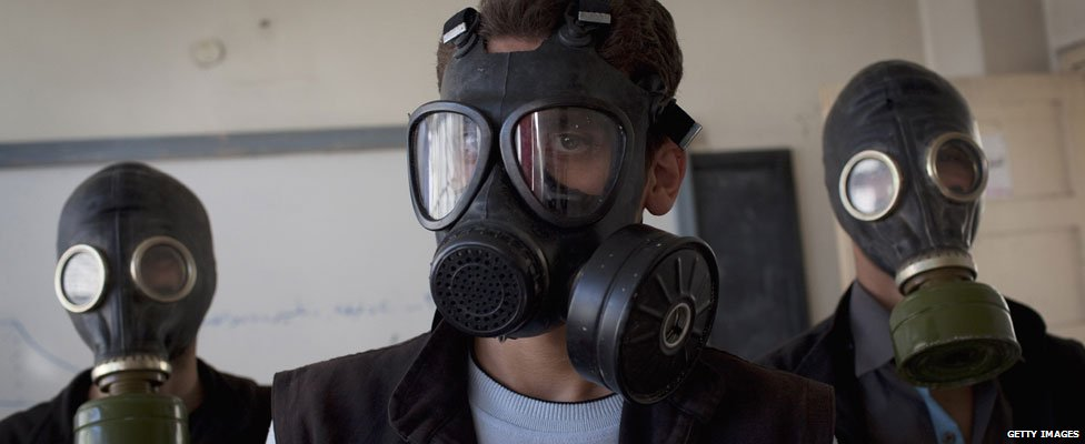 Syrians in masks