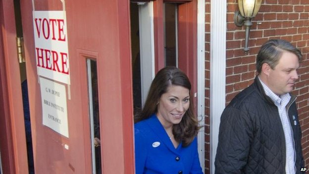 Alison Lundergan Grimes with her husband in Kentucky, 4 Nov