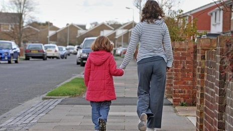 gingerbread single parents ireland Read children of single parent families are living in poverty single parents are more likely than the average worker to be  said gingerbread.