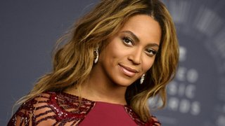 BBC - Newsbeat - Beyonce named top-earning woman in music, beating Taylor Swift