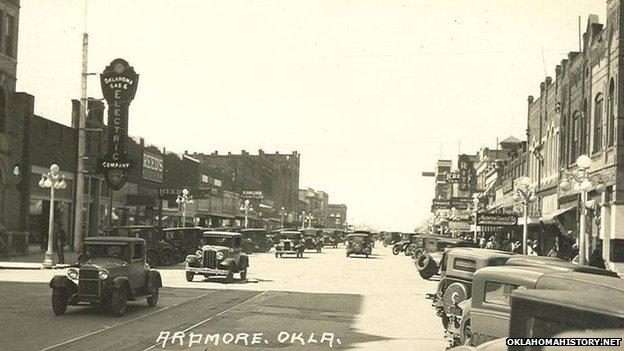 Old photo of Main Street Ardmore