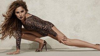 BBC News - Cheryl Fernandez-Versini breaks Geri Halliwell chart record