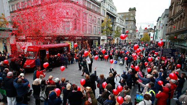 The scene in Liverpool City Centre following the observation of two minutes silence at 11am to mark Armistice Day.