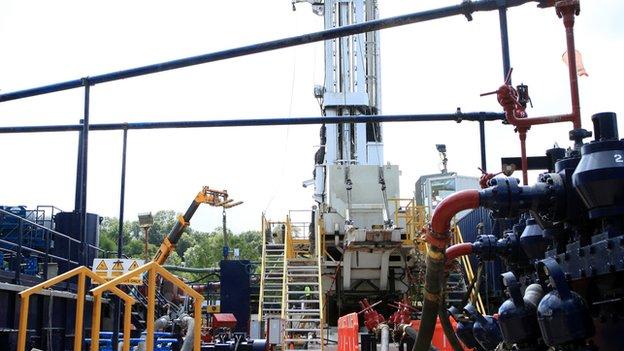 """Експерти в галузі енергетики вважають, що урядовці """"переоцінили"""" перспективи сланцевого газу."""