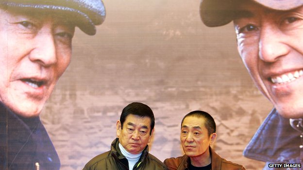 Japanese actor Ken Takakura and Chinese director Zhang Yimou attend a press conference for the film 'Riding Alone for Thousands of Miles' on 17 December, 2005