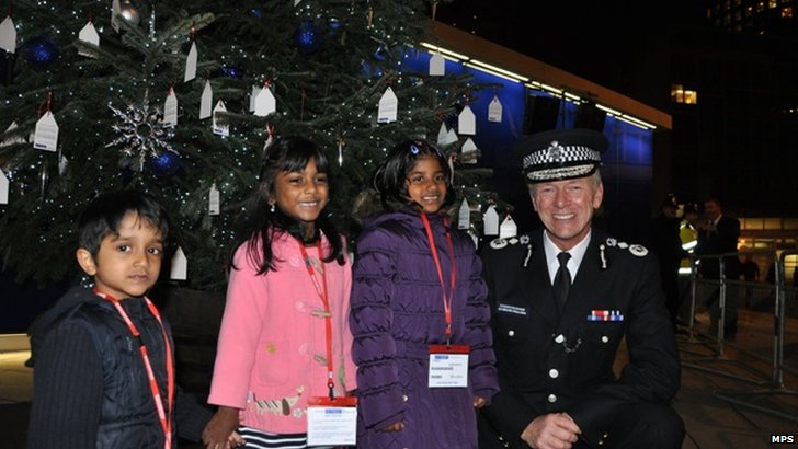 Launch of Met Police Christmas Tree charity event