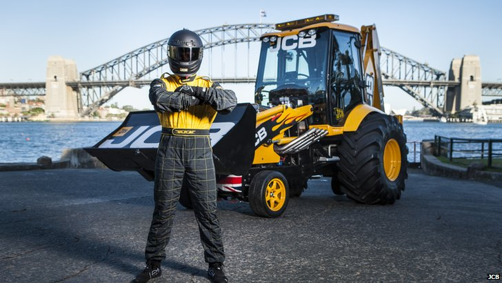 JCB GT with driver Matthew Lucas