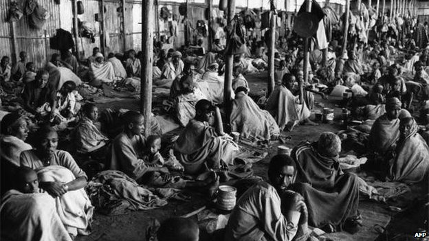 Famine refugees at a camp in Koram (1984)