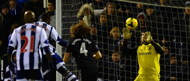 Anichebe makes it 1-1 with a headed goal past Petr Cech