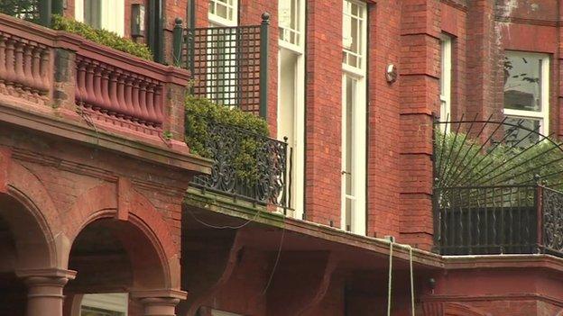 Collapsed balcony