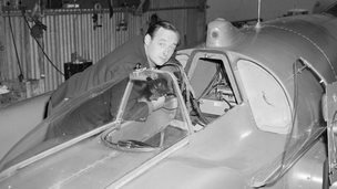 Donald Campbell with the Bluebird K7