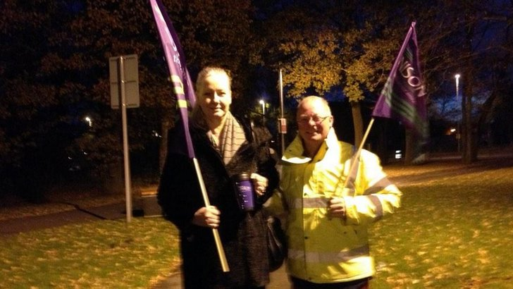 picket line at Arrowe Park Hospital