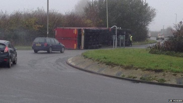 Overturned lorry at Kingston Bagpuize
