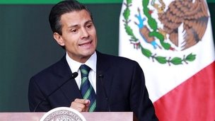"""Mexico""""s President Enrique Pena Nieto delivers a speech during a national broadcasting message from National Palace in Mexico City, México, 27 November 2014"""