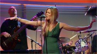 BBC News - Jools Holland meets Joss Stone