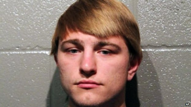 """Booking photo provided by the Cleveland County Sheriff""""s Office shows Tristen Kole Killman-Hardin, 18, in Norman, Oklahoma"""