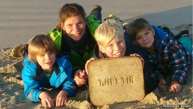 Friederike Wegert with the Tjipetir block found at Borkum