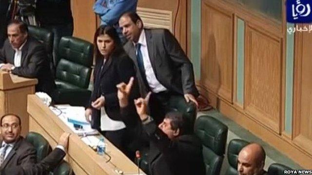 Capture from the quarrel in parliament