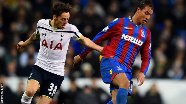 Ryan Mason and Marouane Chamakh