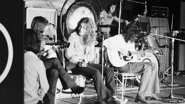 Led zeppelin played ipswich in 1971 after a successful tour of the