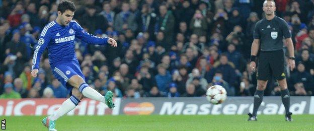 Cesc Fabregas scores a penalty to put Chelsea 1-0 ahead