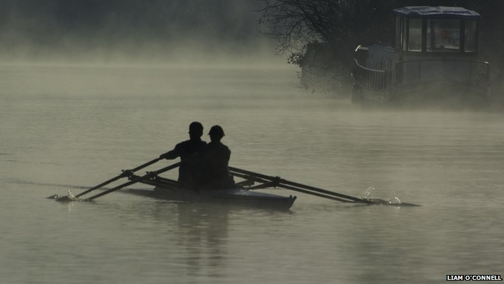 Rowers on the Thames
