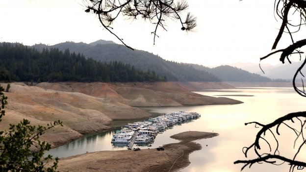 Low water level in the Shasta reservoir, northern California
