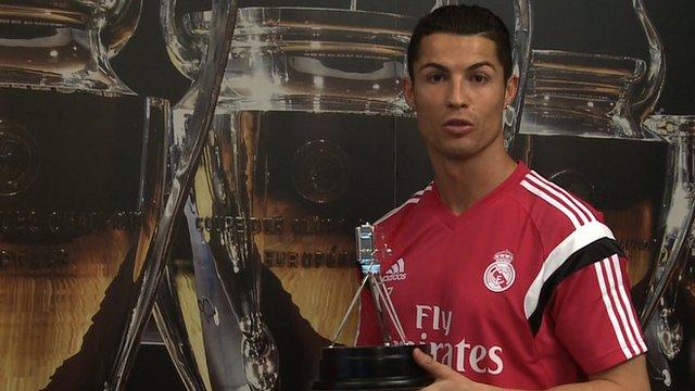 Internasional Liga Spanyol  - Cristiano Ronaldo Raih Penghargaan Lagi!