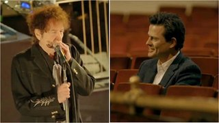 BBC News - Bob Dylan wows super-fan with solo performance