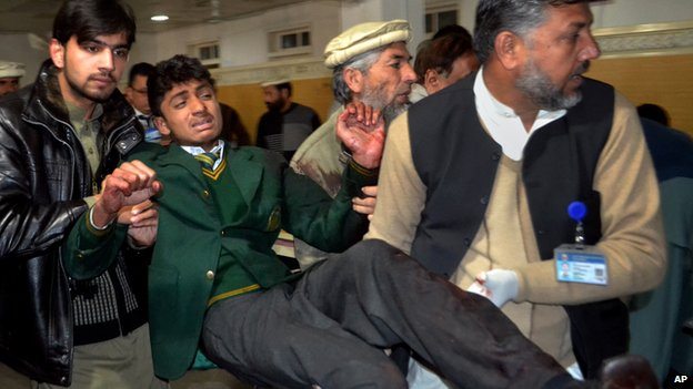 "79756185 79756184 - Pakistan Taliban  "" Kill  100"" in assault on Peshawer school"
