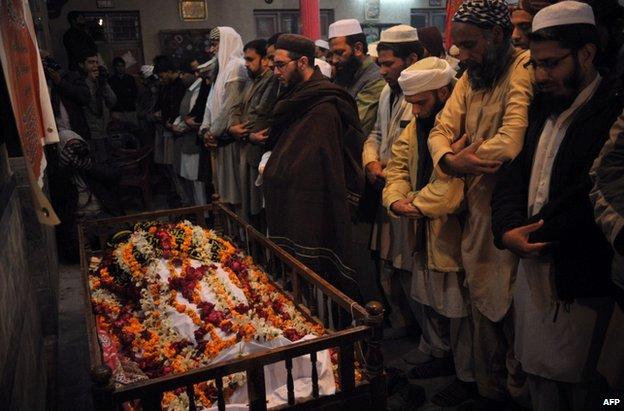 79774746 025139845 2 - Pakistan  taliban  ;  peshawar  school  attack  leaaves  141  de