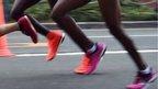 Women marathon runners