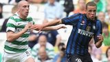 Celtic's Scott Brown and Inter Milan's Luc Castaignos