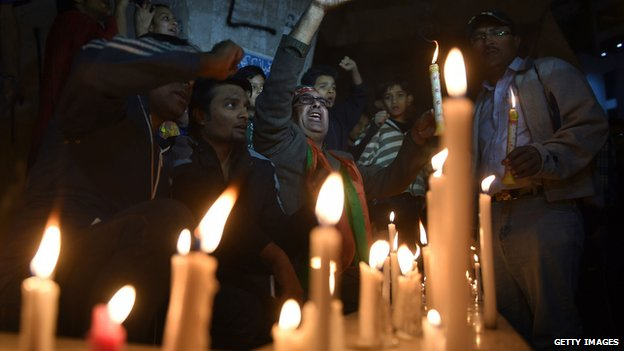 Candles lit for victims in Karachi, Pakistan. 16 Dec 2014