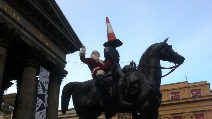 Santa on Duke of Wellington statue
