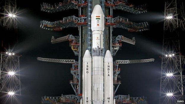 Indie následuje NASA, vypustila prototyp nové vesmírné lodi a otestovala novou raketu